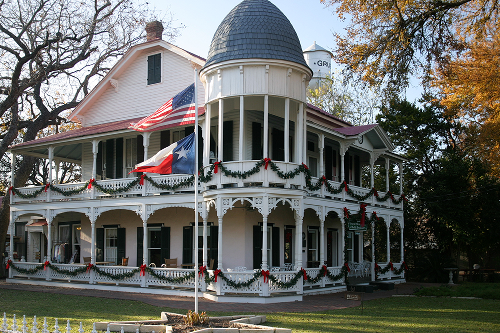 Gruene Mansion Inn is centrally located in historic downtown Gruene and is just steps away from Gruene Hall and The Gristmill.