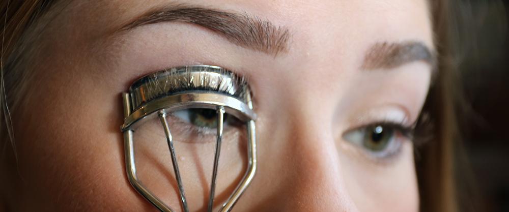 Best MascaraTutorial - Step 3: Curl