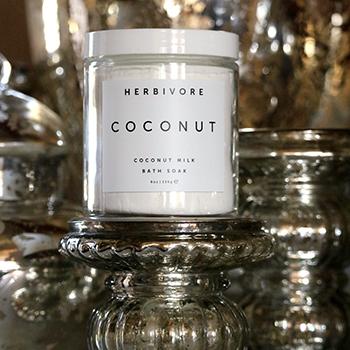 Coconut bath soak <3