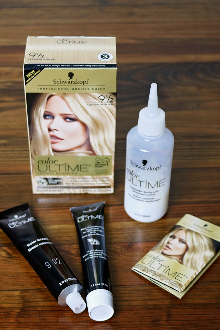 Learn how you can get blonde highlights at home with Schwarzkopf Color Ultime using these tips that make the process much easier. @SchwarzkopfUSA @Walmart #TipsAndTricks #highlights #FashionColorExpert #ad