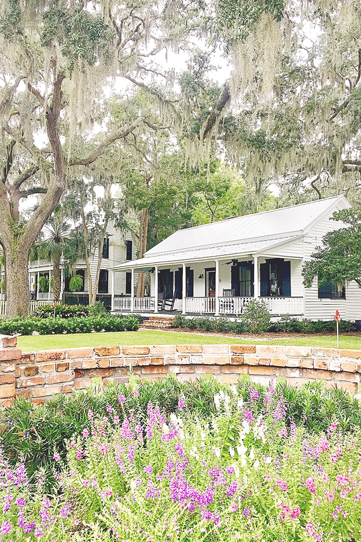 Things to do in Old Town Bluffton: Go on a walking tour to see the coastal architecture and beautiful homes.