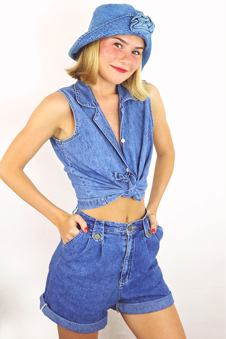 90s outfit ideas...it's denim on denim (on denim!) #denimondenim #90soutfits
